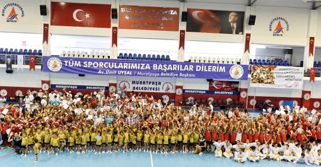 Yaz Spor Okullarına Muhteşem Kapanış