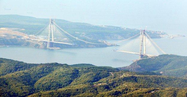Üçüncü köprüyü havadan fotoğrafladı