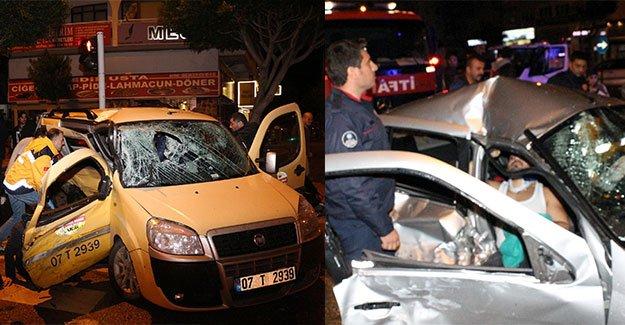 Aynı noktada 2 kaza: 7 yaralı
