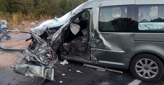 Akseki'de kaza: 2 yaralı