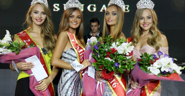 Miss Aura kraliçesi  Ukraynalı Natalia