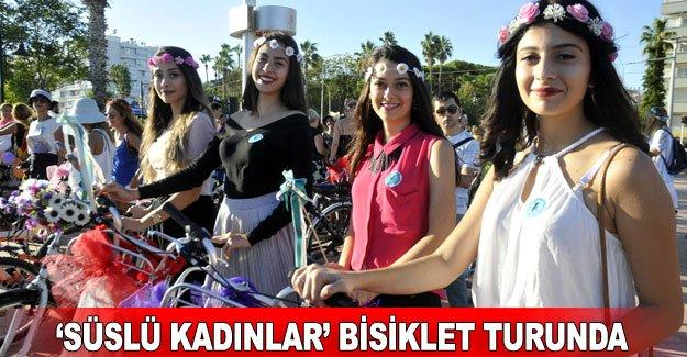 'Süslü kadınlar' bisiklet turunda