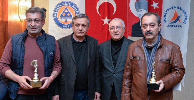 Festivalde Muratpaşa ödülleri
