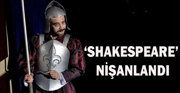 'Shakespeare' nişanlandı