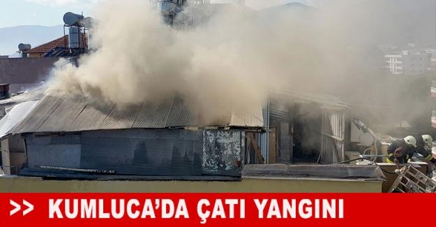 Kumluca'da çatı yangını