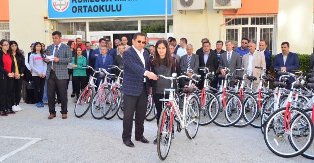 Birincilere bisiklet