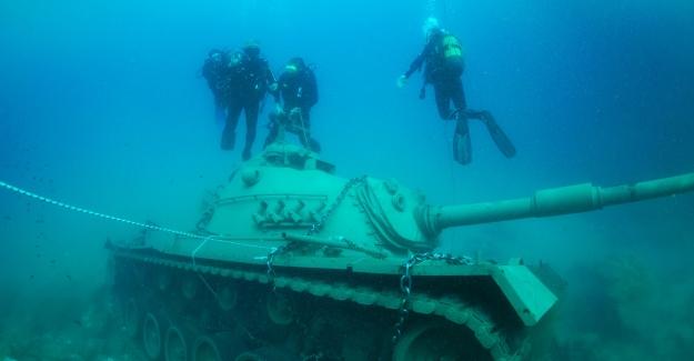 ABD yapımı 45 tonluk tank, dalış turizminin hizmetinde