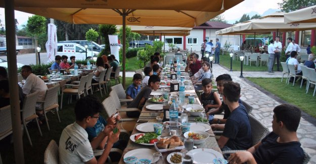 MÜSİAD Antalya çocukları unutmadı