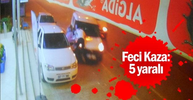 Antalya'da feci kaza: 5 yaralı