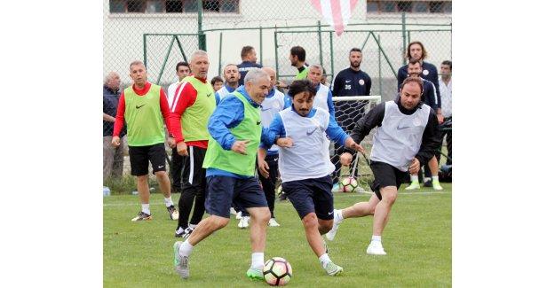 Antalyaspor dönüyor