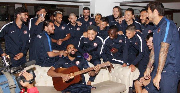 Antalyaspor'da  'neşeli' günler