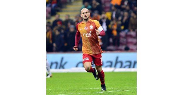 Antalyaspor'da  Sneijder sesleri