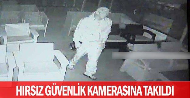 Hırsız güvenlik kamerasına takıldı