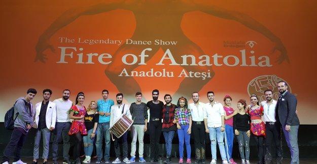 Roman gençler Anadolu Ateşi'yle aynı sahnede