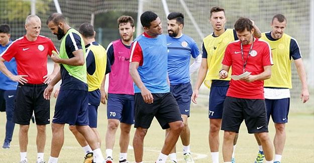 Antalyaspor'a 1 gün izin