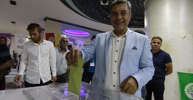 HDP'de İl Başkanı Çağlar