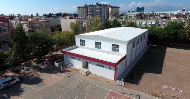 Muratpaşa'dan spor tesisi