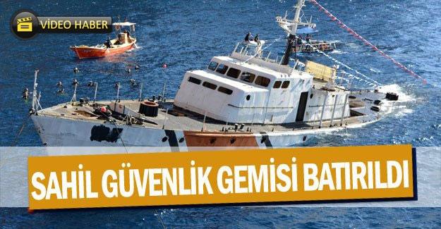 Sahil Güvenlik gemisi batırıldı