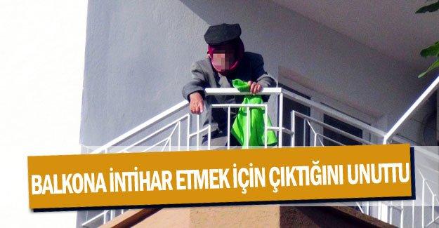 Balkona intihar etmek için çıktığını unuttu