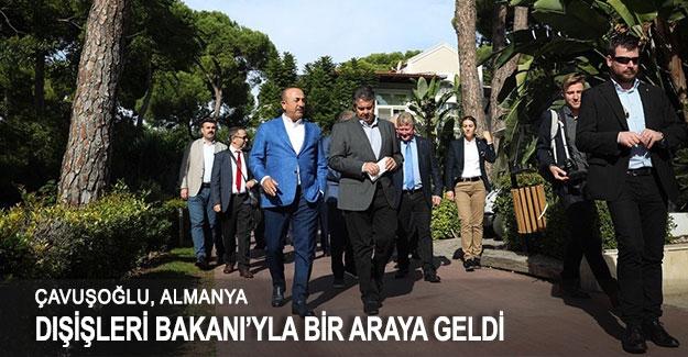 Çavuşoğlu, Almanya Dışişleri Bakanı'yla bir araya geldi