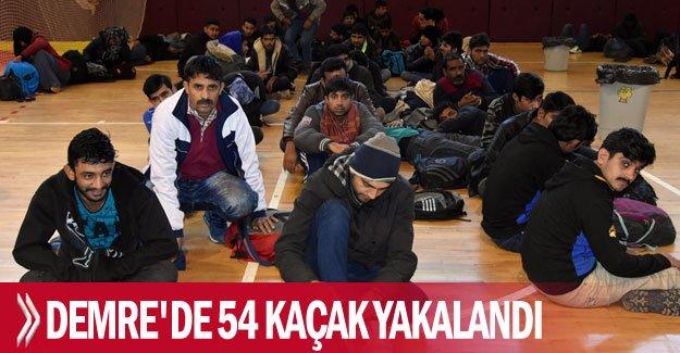 Demre'de 54 kaçak yakalandı