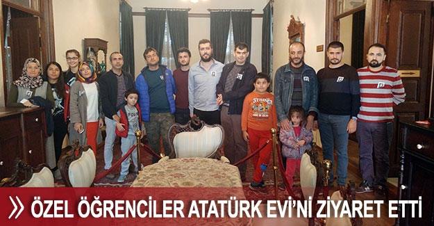 Özel öğrenciler Atatürk Evi'ni ziyaret etti