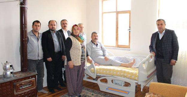 İhtiyaç sahiplerine  hasta yatağı yardımı