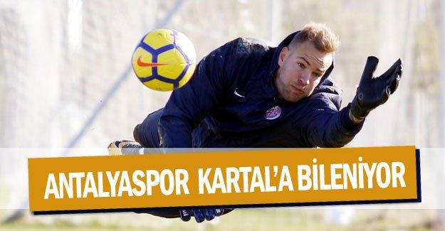 Antalyaspor  Kartal'a bileniyor