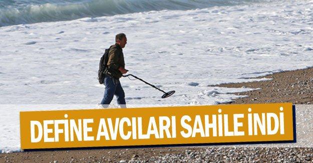 Define avcıları sahile indi