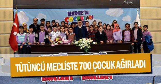 Tütüncü mecliste 700 çocuk ağırladı
