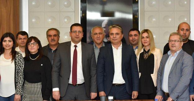 CHP yönetiminden Uysal'a iadei ziyaret
