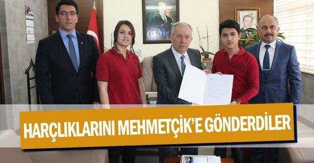 Harçlıklarını Mehmetçik'e gönderdiler
