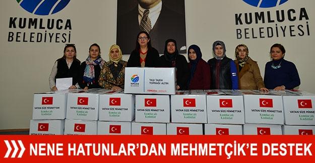 Nene Hatunlar'dan Mehmetçik'e destek