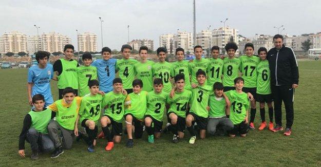 U14'te şampiyon  Manavgat Belediye