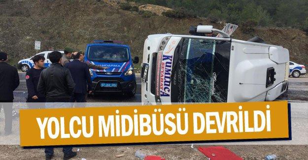 yolcu midibüsü devrildi:14 yaralı