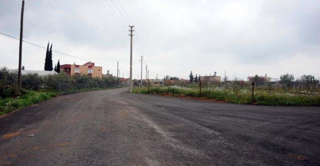Kepez'den köy yollarına asfalt