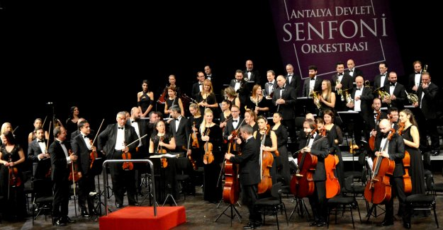 Türk-Yunan dostluk konseri