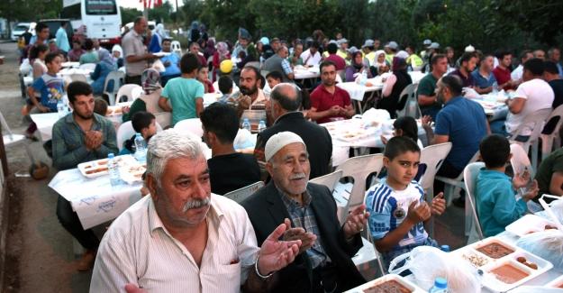 100 bin Kepezliye iftar