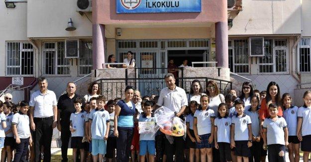 Çevreci okullara ödülleri verildi