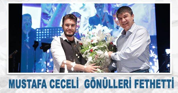 Mustafa Ceceli  gönülleri fethetti