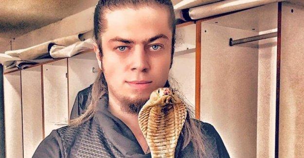 Aref'i kobra yılanı ısırdı