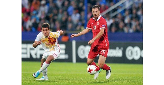 Jovanovic imzalıyor