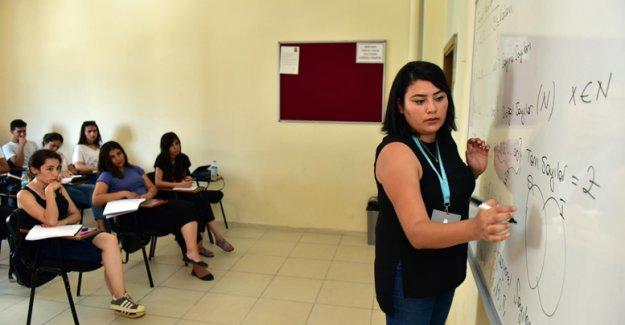 Kepez'den ücretsiz KPSS kursu