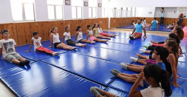 KONSEM yaz okulu kursları başladı