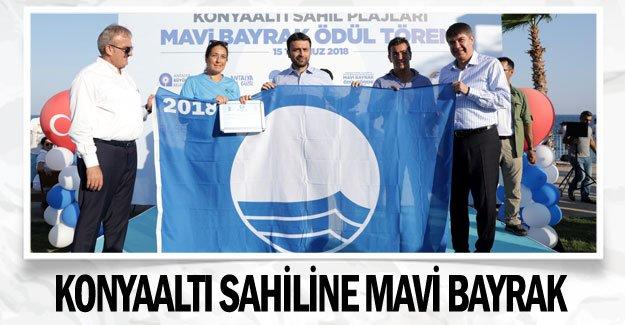 Konyaaltı sahiline mavi bayrak
