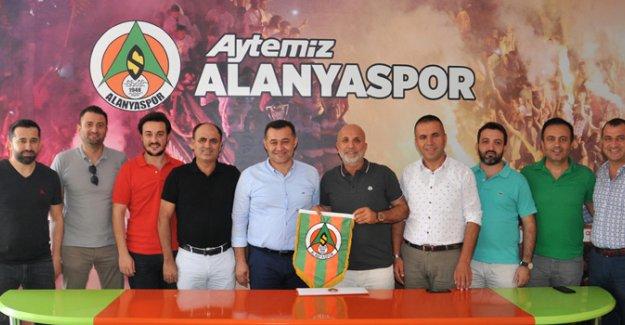 Başkan Yücel'den Alanyaspor'a ziyaret