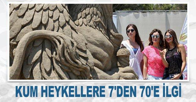 Kum heykellere 7'den 70'e ilgi