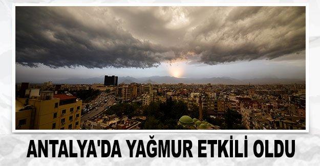 Antalya'da yağmur etkili oldu