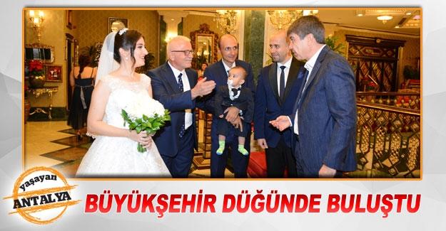 Büyükşehir düğünde buluştu