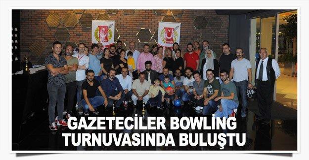 Gazeteciler bowling turnuvasında buluştu